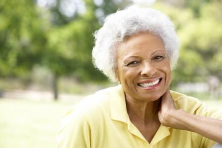 """Matéria veiculada na Gazeta do Povo: """"Não cuidar dos dentes deixa a aparência envelhecida"""""""